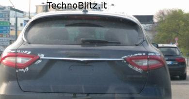 TechnoBlitz.it Maserati Levante ecco come si presenta sulla strada!