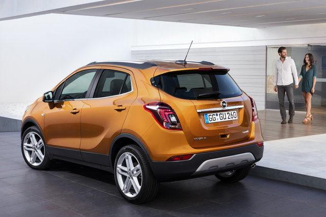 TechnoBlitz.it Opel Ampera-E e altre novità al Salone dell'Auto di Parigi  TechnoBlitz.it Opel Ampera-E e altre novità al Salone dell'Auto di Parigi