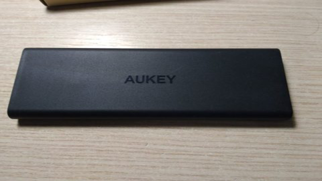 aukey pb-n32 parte laterale