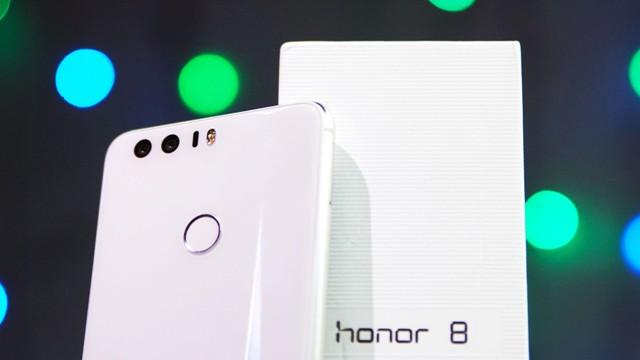 TechnoBlitz.it Disponibile l'Honor 8 Premium in due colorazioni