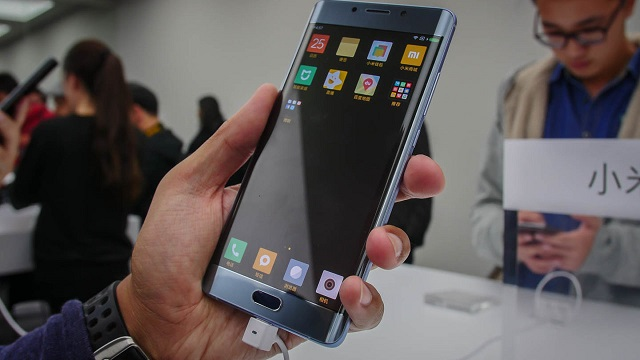 TechnoBlitz.it Xiaomi Mi Note 2 è la valida alternativa al Note 7?