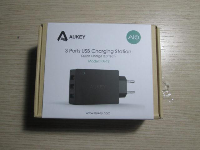 TechnoBlitz.it Recensione Caricabatterie Aukey PA-T2-N: potente, con 3 porte USB