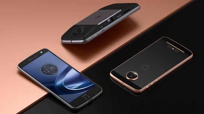 TechnoBlitz.it Motorola rilascia Nougat su Moto Z