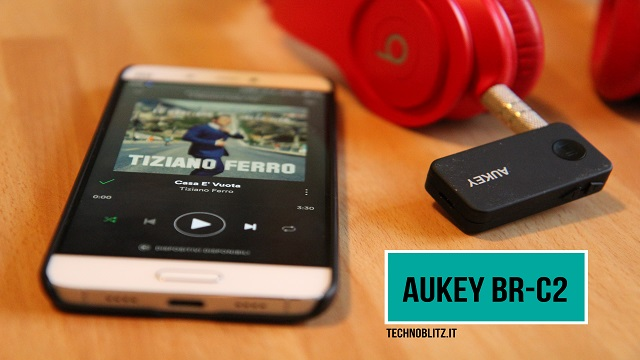 TechnoBlitz.it Aukey BR-C2, ricevitore Bluetooth economico sotto la lente d'ingrandimento