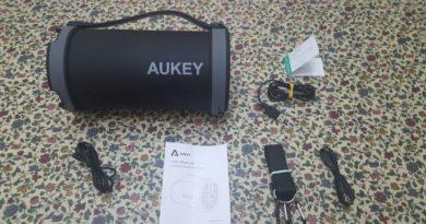 TechnoBlitz.it Aukey SK-M18: recensione speaker bluetooth con radio FM