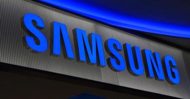 TechnoBlitz.it Samsung S7 Edge avrà una nuova colorazione: Pearl Black