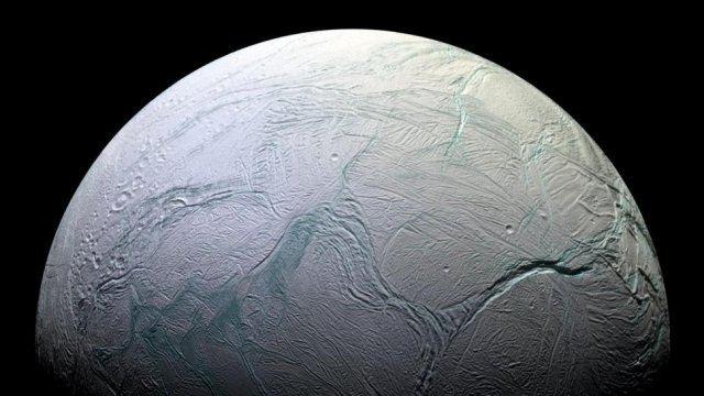 TechnoBlitz.it Encelado, come non lo abbiamo mai visto prima
