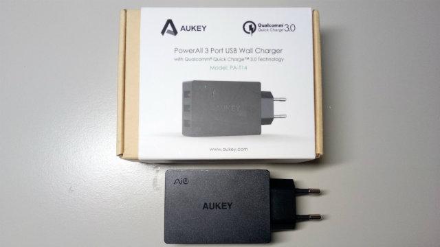 Recensione caricatore da muro Aukey Quick Charge 3.0 - 43.5W, 3 porte
