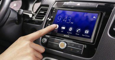 Sony XAV-AX100 acquistabile su Amazon