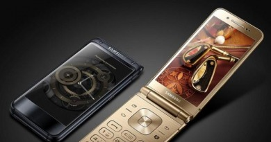 http://www.gsmarena.com/smg9298_flip_phone_manual_pops_up_on_samsungs_website-news-26083.php