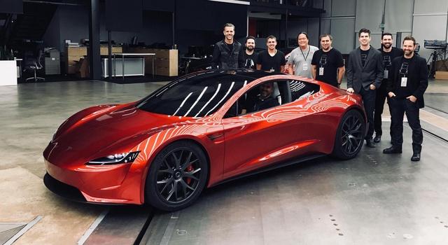 Tesla Roadster: in attesa dell'evento, nuove foto sul processo di progettazione.